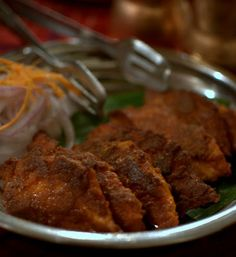Recipes from Banaras and Uttar Pradesh, traditional recipes from all over the world. Fasting and festival recipes. Food Festival, Food Dishes, Beef, India, Traditional, Chicken, Recipes, Meat, Goa India
