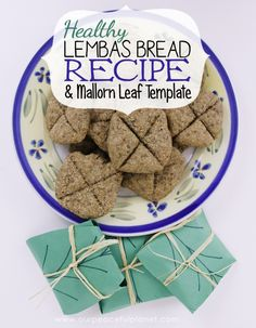 A simple and healthy Lembas bread recipe from Tolkien's Lord of the Rings. Comes with a free Mallorn leaf pattern to wrap your bread it. A tasty Elven food!
