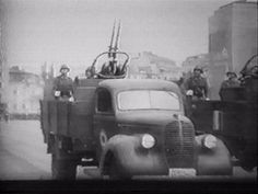 Romanian Antiaircraft gun on Ford truck, WWII, pin by Paolo Marzioli Axis Powers, Armed Forces, World War Ii, Troops, Romania, Wwii, Germany, Ford, Military