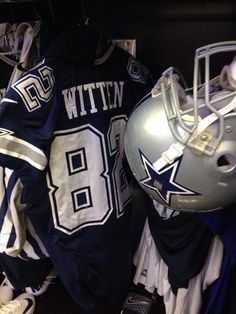 Jason Witten's locker dressed out in the navy uni for today #PHIvsDAL