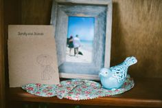Jake made a cd for the guests to listen to as they traveled home :) Favors, Shabby Chic, Wedding Ideas, Rustic, Frame, How To Make, Vintage, Home Decor, Country Primitive