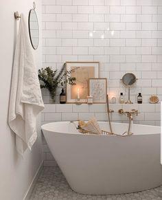 Find Your Zen: 19 Spa Bathroom Ideas Bad Inspiration, Bathroom Inspiration, Bathroom Interior Design, Interior Decorating, Interior Modern, Gypsy Decorating, Interior Office, Interior Ideas, Bathroom Spa