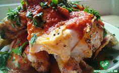 Überbackenes Hähnchen mit Tomatensauce, low carb Diät rezept