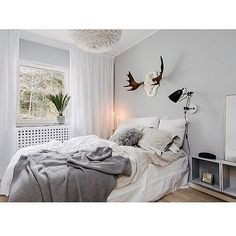 One of my grandpas old moosehorn always a treasured detail when I'm styling bedrooms   #stylingbyme #nordicinspiration #nordicdesign #homeinterior #homestyling #design #designinspiration #moose #horn #bedroom #inspo #inspiration #grey #scandinaviandesign #love #work #home #homedecoration #interior4all #interior4you #interior2you #linnenshets #linnen #instahome #inredningochdesign #moosehorn #homedesign #style #living #roominspo by interiorbyfredrica http://discoverdmci.com