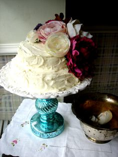 let them eat cake - great diy cake plate
