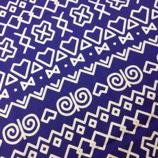 Čičmanský vzor biely na modrej slovenská látka Čičmany Folk Art, Design Inspiration, Kids Rugs, Cabin, Hand Painted, Embroidery, Patterns, Country, Drawings
