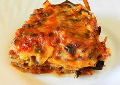 Una ricetta semplice ma dal sapore unico, le lasagne di pane carasau con le melanzane e le zucchine grigliate stupiranno i vostri ospiti