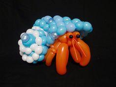 O japonês Masayoshi Matsumoto faz esculturas incríveis de animais e utiliza apenas balões de festa infantil! Confira o trabalho dele no nosso site.
