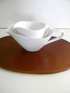 vintage melamine white creamer and sugar pitchers by snugsnuggery