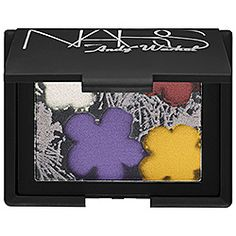A mini Warhol in NARS wrapping! Flowers Eyeshadow Palette: white/rose/lavender grey/black by NARS via #Sephora