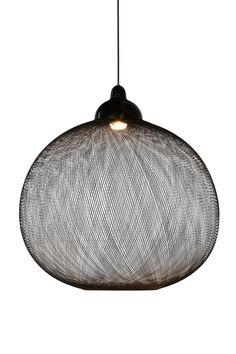 Moooi Non Random Light black pendant lamps at dining room lamps online shop Dining Room Lamps, Bedroom Lamps, Deco Luminaire, Luminaire Design, Pendant Chandelier, Pendant Lighting, Stair Lighting, Vintage Chandelier, Luminaria Diy