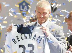Janvier 2007 c'est officiel! Beckham s'engage avec l'équipe Américaine des Los Angeles Galaxy. Dans un championnat au niveau faible, les coups de pieds arrêtés (marque de fabrique) de l'Anglais font trembler les filets à plusieurs reprises
