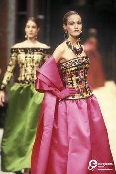 5333c0d58 Givenchy, Autumn-Winter 1992, Couture on www.europeanafashion.eu Givenchy  Couture