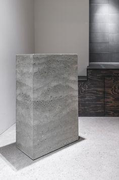 Beton Holz U0026 Stahl Küche Esstisch Von TaoConcrete Auf Etsy. Betondesign    Wohnzimmerdetail