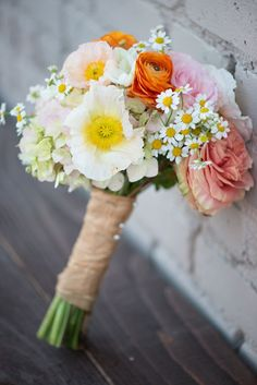 Wow! What a beautiful blend of  light and bright colors. Perfect for a spring wedding.