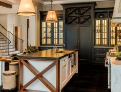You will incline toward a traditional country kitchen having an aga and flagstone floor and real wood units. Or on the flip side you will prefer a more current day . Read Amazing Modern Farmhouse Kitchen Design Ideas To Renew Your Home White Farmhouse Kitchens, Farmhouse Cabinets, Farmhouse Kitchen Decor, Home Decor Kitchen, New Kitchen, Home Kitchens, Kitchen Ideas, Farmhouse Style, Farmhouse Bathrooms