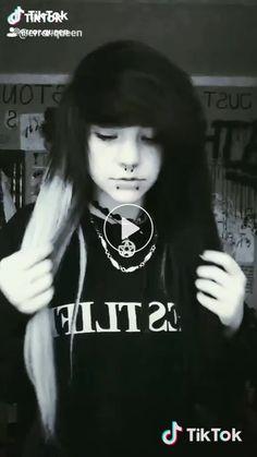 Error queen on TikTok Anime Girls, Emo, Peeps, Goth, Queen, Style, Fashion, Gothic, Swag