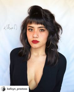 Bangs With Medium Hair, Curly Hair With Bangs, Haircuts With Bangs, Medium Hair Styles, Curly Hair Styles, Short Bangs Hairstyles, Bangs Long Hair Round Face, School Hairstyles, Short Hair Styles For Round Faces