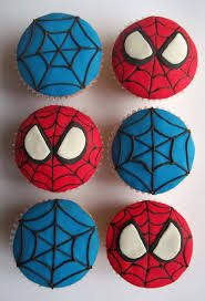 Spider-Man cupcakes. Look easy enough. Could make the backgrounds of these with gel icing and the Spider-Man eyes with halved Oreos!