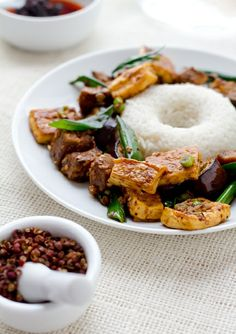 Spicy Szechuan Eggplant with Tofu- VERY GOOD! I have made this several times, with different veggies and chicken instead of tofu. Eggplant Recipes, Tofu Recipes, Vegetable Recipes, Asian Recipes, Vegetarian Recipes, Cooking Recipes, Healthy Recipes, Spicy Eggplant, Szechuan Recipes