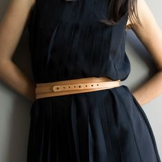 The perfect belt; Infinito in tan leather by NoussNouss.-SR
