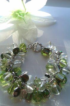 Gorgeous Green Cluster Bead Bracelet
