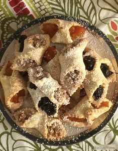 The best Hungarian cookies recipe (kiffles). Made with sour cream for an even li… The best Hungarian cookies recipe (kiffles). Made with sour cream for an even lighter and more delicate pastry dough. Hungarian Cookies, Hungarian Desserts, Hungarian Recipes, Italian Cookies, Hungarian Food, Hungarian Kiffles Recipe, No Bake Cookies, Yummy Cookies, Cookies Et Biscuits