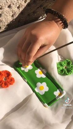 Keramik Design, Clay Art Projects, Cute Clay, Fun Diy Crafts, Dry Clay, Sculpture Clay, Polymer Clay Crafts, Ceramic Clay, Clay Creations