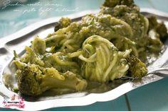 Zucchini noodles cremosi con pesto light di broccoli, semplice e saporito! SENZA CARBOIDRATI, SENZA GRASSI, SENZA CASEINA, la pasta che non è pasta!