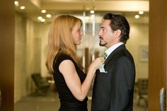 """A gallery of publicity stills and other images with Gwyneth Paltrow. Featuring images for The Avengers, Iron Man """"Glee"""", Iron Man and other titles. Gwyneth Paltrow, Hawkeye, Marvel Characters, Marvel Movies, Tony And Pepper, Stark Family, Iron Man 2008, Marvel Coloring, Pepper Potts"""