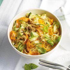 Gemüselinguine mit Tomaten-Kräuter-Pesto | Weight Watchers