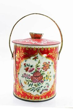 Vintage Daher English Candy Tin  Roses by CuriousCrowVintage, $7.00