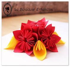 Composition florale en papier. Fleurs décoratives en origami. Centre de table. : Décoration de table par le-boudoir-d-aurelia