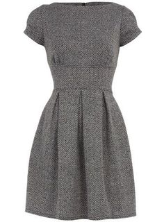 Love this warm winter dress. The cut would be perfect for me--I love dresses that define the waist