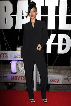 Rihanna was the epitome of sophistication at the Sydney premiere of Battleship. Very different from her more revealing outfits.