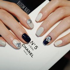 """If you're unfamiliar with nail trends and you hear the words """"coffin nails,"""" what comes to mind? It's not nails with coffins drawn on them. Although, that would be a cute look for Halloween. It's long nails with a square tip, and the look has. Gel Nail Polish Colors, Gel Nail Art, Nail Art Diy, French Manicure Gel, Cute Acrylic Nails, Acrylic Nail Designs, Nail Art Designs, Japanese Nail Design, Japanese Nails"""