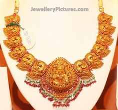 Antique Necklace - Page 16 of 22 Latest Indian Jewelry - Jewellery Designs Gold Temple Jewellery, India Jewelry, Gold Jewellery Design, Gold Jewelry, Gold Mangalsutra Designs, Gold Earrings Designs, Necklace Designs, Antique Necklace, Pendant Jewelry