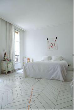 love the chevron floor White Wood Floors, Interior, Floor Design, Home, Home Bedroom, Bedroom Interior, Bedroom Inspirations, Flooring, White Rooms