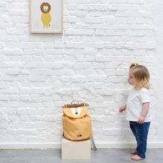 Das perfekte Geschenk für Kinder. Der Löwen-Rucksack ist ein treuer und mutiger Begleiter im Kindergarten, Kinderturnen und Co. ... Chair, Furniture, Home Decor, Gifts For Children, Playground, Nursery Room Ideas, Creative Ideas, Clearance Toys, Homes