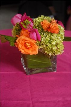 Summer wedding flowers | Let us help plan all the details of your wedding day! www.PerfectDayWeddingPlanners.com
