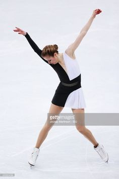News Photo : Carolina Kostner of Italy competes in the Ladies...
