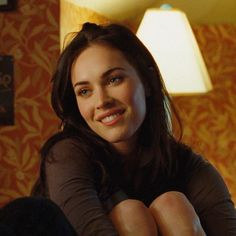 _ dt: tagged movie: jennifer's body - . Megan Fox Tumblr, Megan Denise Fox, Megan Fox Gif, Megan Fox Body, Pretty People, Beautiful People, Megan Fox Style, Jennifer's Body, Wattpad