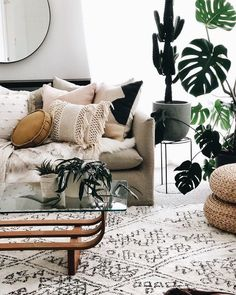 With rustic living room furniture, your room goes up against a mood that has wide interest. That setting can best be depicted as a warm, happy with believing with a lot of down-home appeal. Home Living, Apartment Living, Cozy Apartment, Small Living, Living Room Furniture, Living Room Decor, Bohemian Living Rooms, Bedroom Decor, Living Room Throws