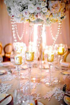The Fontainebleau | Photography: Jessi Caparella | #carriezack #weddings #centerpiece #decor