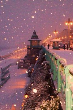 Snowy night ~ Brighton, UK