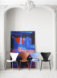 Fritz Hansen presents: New colours for the Series 7™ by Tal R. The Series 7™ is designed by danish architect Arne Jacobsen in 1955.