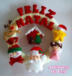 guirlandas de natal em feltro - Pesquisa Google Christmas Sewing Projects, Easy Christmas Crafts, Christmas Fabric, Felt Christmas, Christmas Decorations To Make, Christmas Themes, All Things Christmas, Christmas Wreaths, Holiday Decor