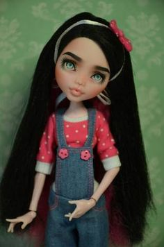 Repaint the Interior of Your Home Custom Monster High Dolls, Monster High Repaint, Doll Face, Doll Eyes, Doll Painting, Doll Repaint, Cute Dolls, Ooak Dolls, Ball Jointed Dolls