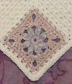 Free Crochet Puff Flower Spa Cloth Pattern.