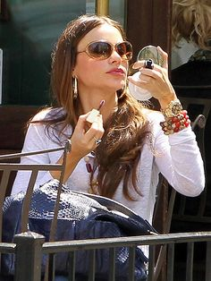 Sofia Vergara in Gold Rolex Daytona